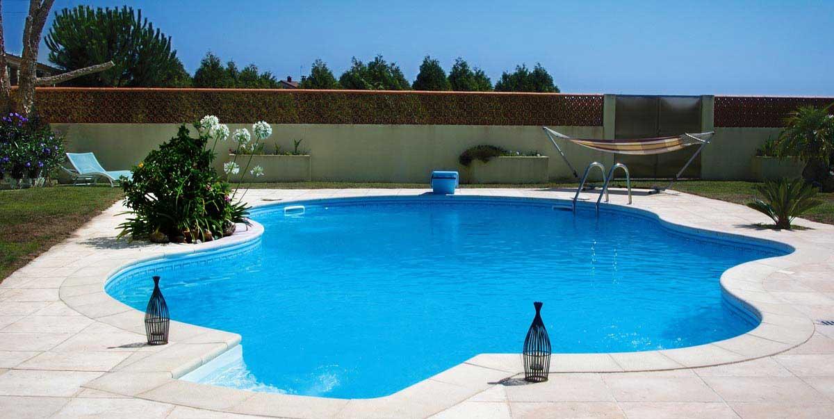 piscina forma livre