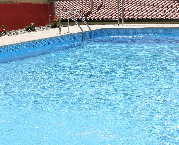 Piscinas SOLEO Contemporain L