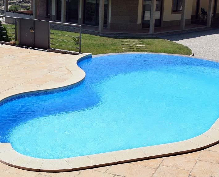 4 solu es t cnicas skimmer infinity overflow e miroir for Modelos de piscinas cuadradas